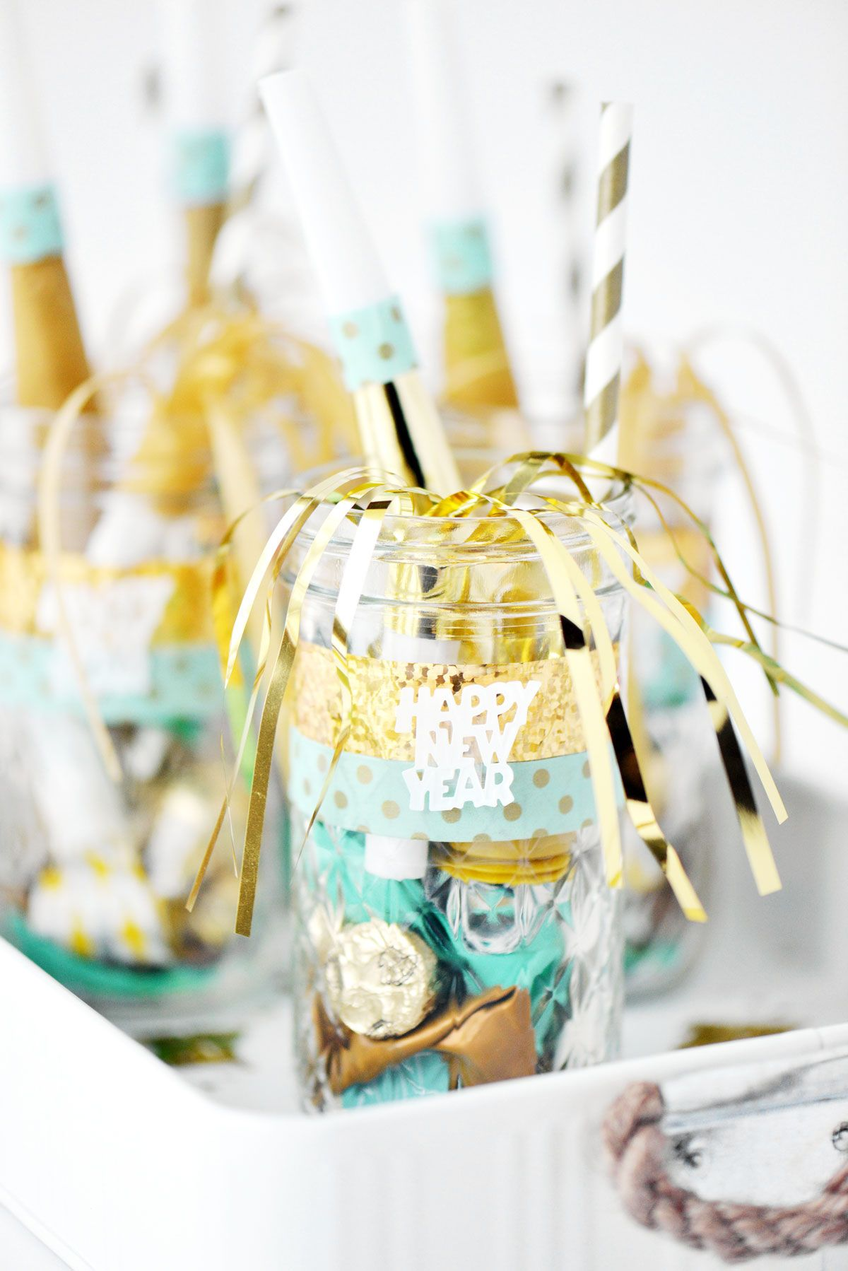 New yearus eve mason jars are an easy to make new yearus eve party