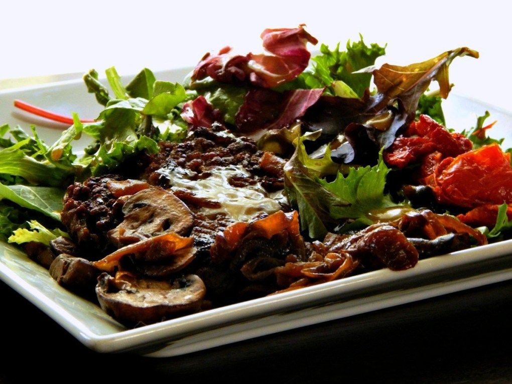 Taphouse Salad With Roasted Tomatoes Mushrooms Smashburger Frugal Hausfrau Pasta Nutrition Smash Burger Healthy Eating Guidelines