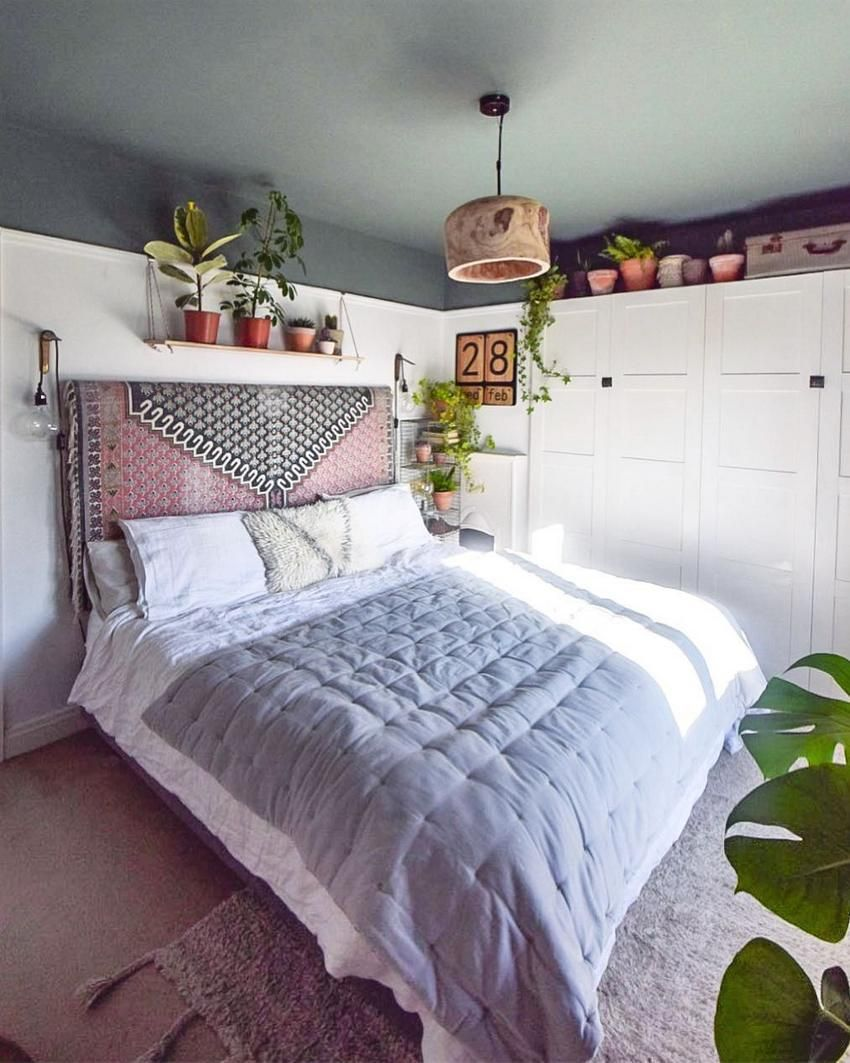 Check Out Another Fascinating Design For The Bohemian Style Bedroom Plan This Admirable Presentati Bohemian Bedroom Decor Chic Bedroom Design Bohemian Bedroom