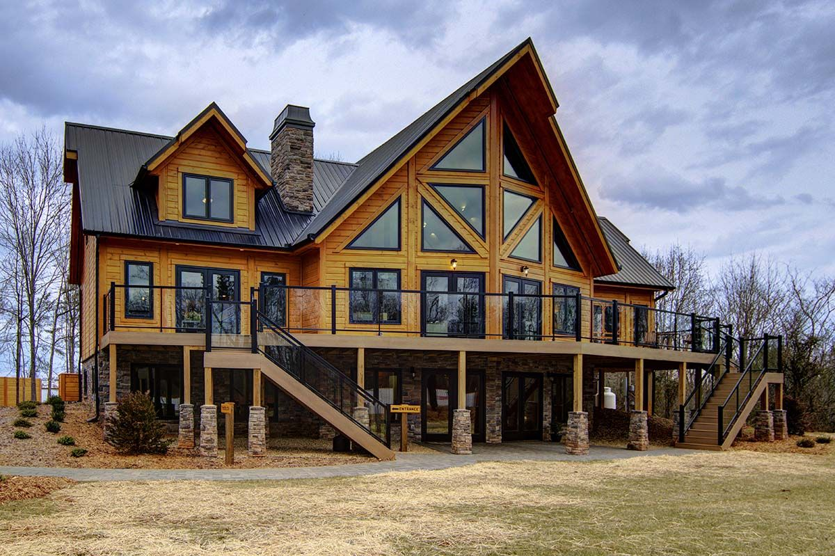 back1 low res Modern mountain home, Log home living