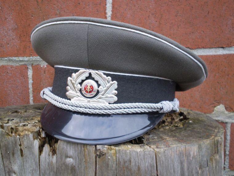 NVA Offiziersschirmmütze   East German Army officers  visor cap ... 9fc0c0397cc