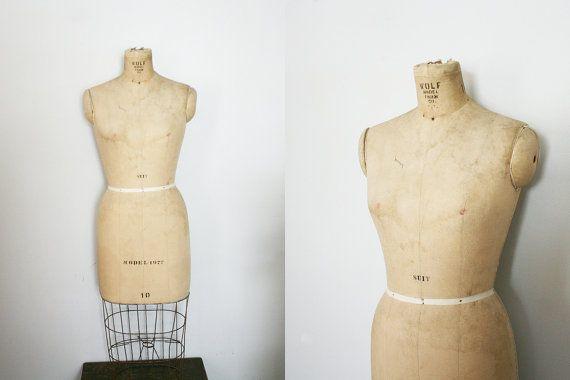 ON HOLD vintage Wolf Dress Form Model 1977 Size 10 | Modelli ...