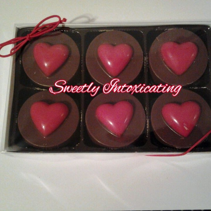 Valentines Day Box Of Chocolate Covered Oreos At Sweetlyintoxicating
