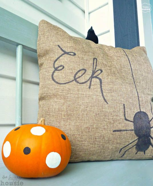 Two Sided Sharpie Pillows for Fall at thehappyhousie.com-9