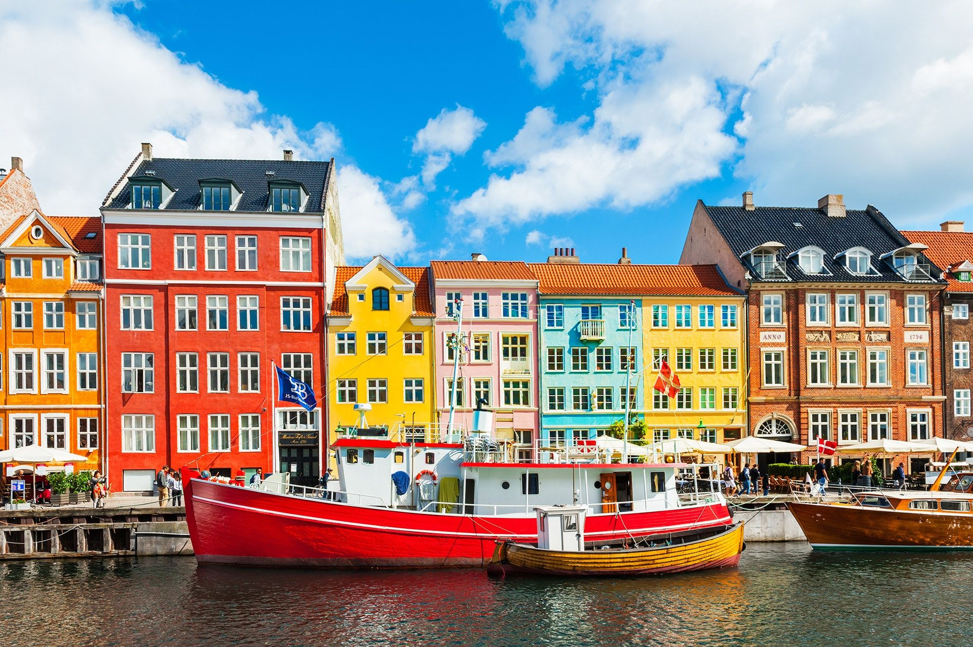 7 Spring Trips That Can Be Booked Entirely With Points and