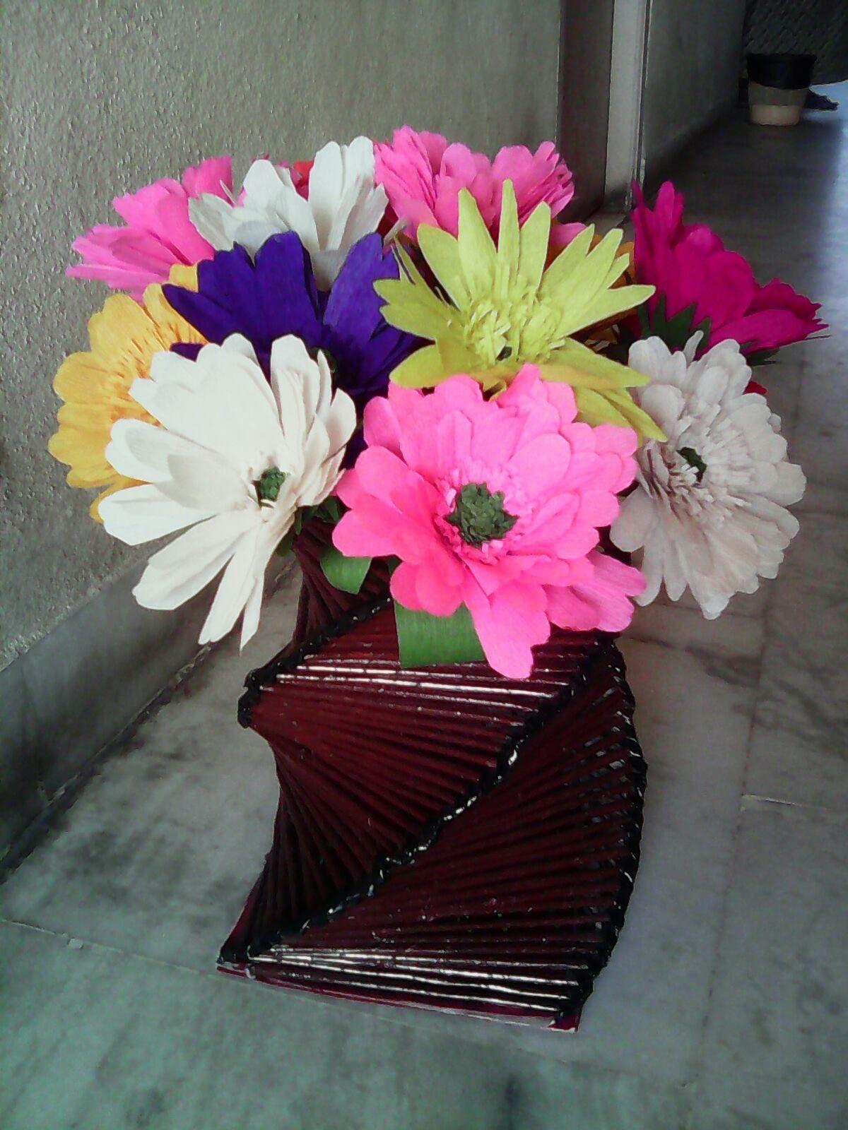Paper Made Flower Vase Forteforic