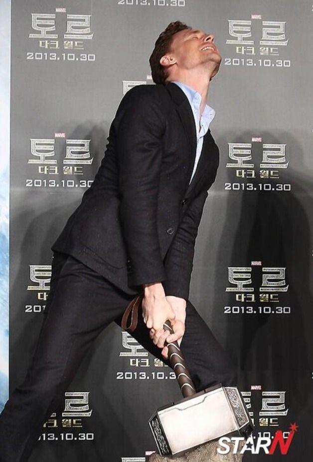 Tom Hiddleston in Seoul, South Korea | #Loki #ThorTDW @M C Via #Twitter (October 13, 2013)