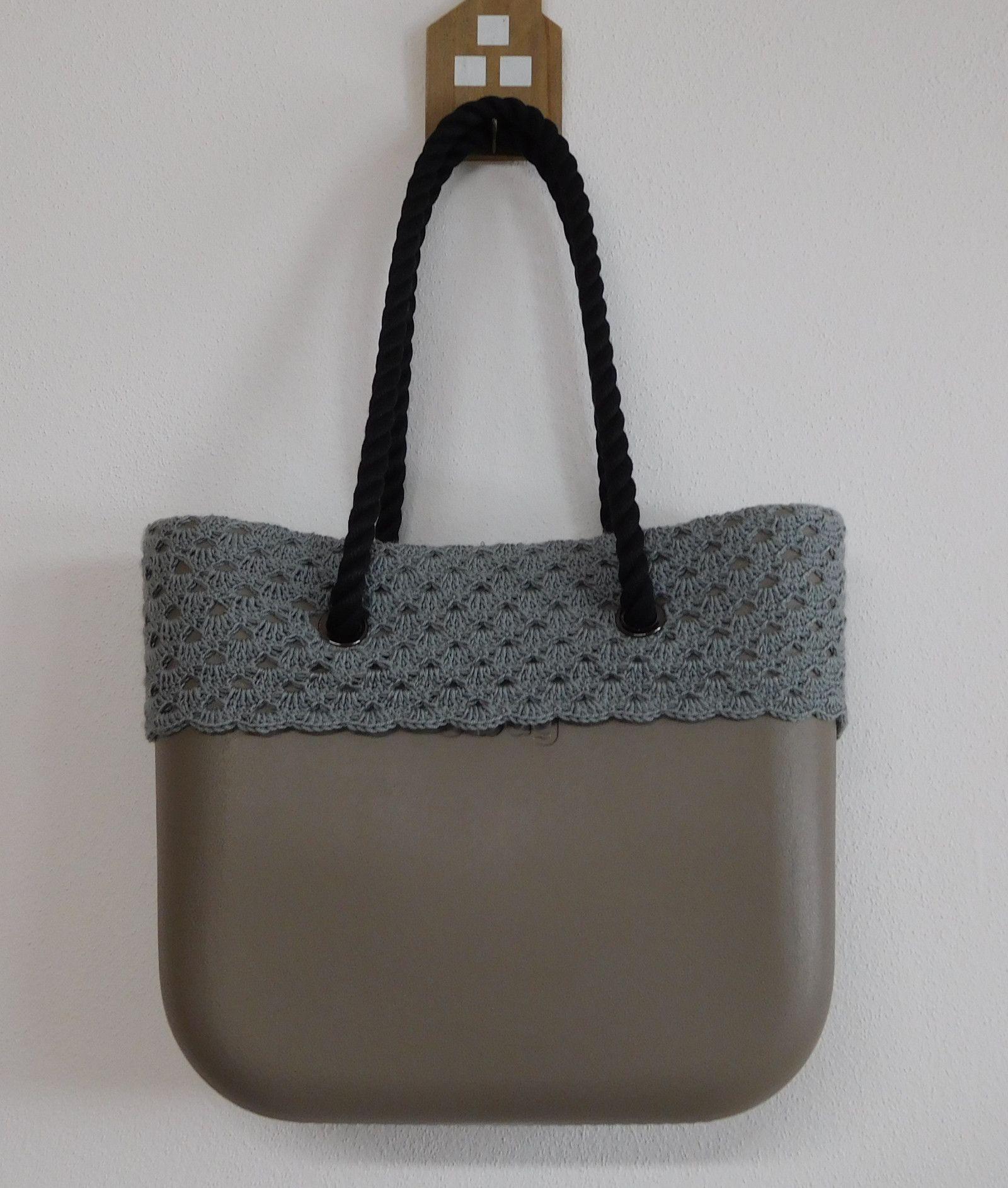 fd24b3172 Na Háčkovaný ObagKabelky Tašky A Svetřík Pinterest Bags qMVzSUp