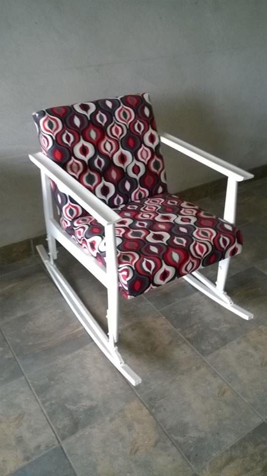 Fotelja na ljuljanje 60-tih, retro-vintage, potpuno restaurirana ...