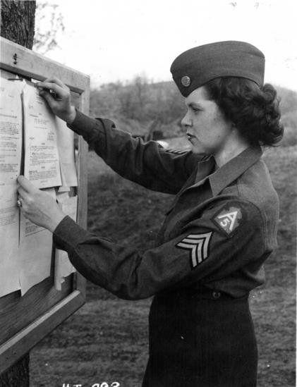 eb69ec0b4fa79 5th army wac wearing male garrison cap ~