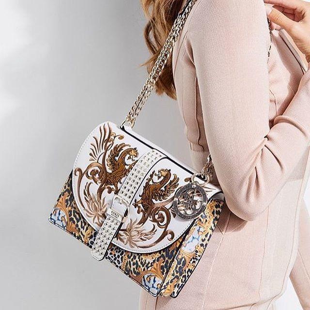GUESS Handbags  1d1d59c51a352