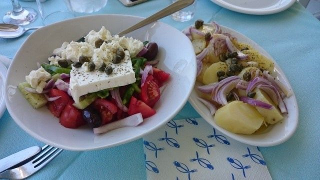 Hungry in Athens? 10 Delicious Foods to Try When You Visit Greece #visitgreece