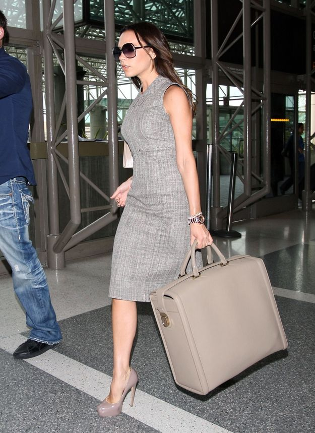 "18 Of Victoria Beckham's Gigantic Bags That Led To The Term ""Poshitis"""