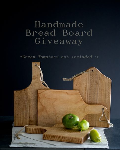Love these handmade bread boards for a cool food photography prop! From whiteonricecouple.com