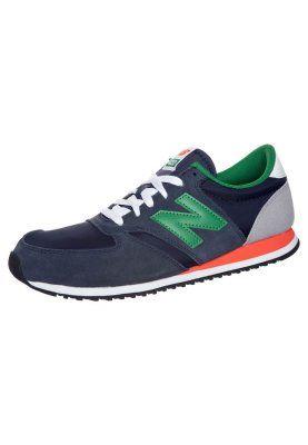 U 420 - Sneakers - Blått | Retro sneakers, Sneakers, Modern ...