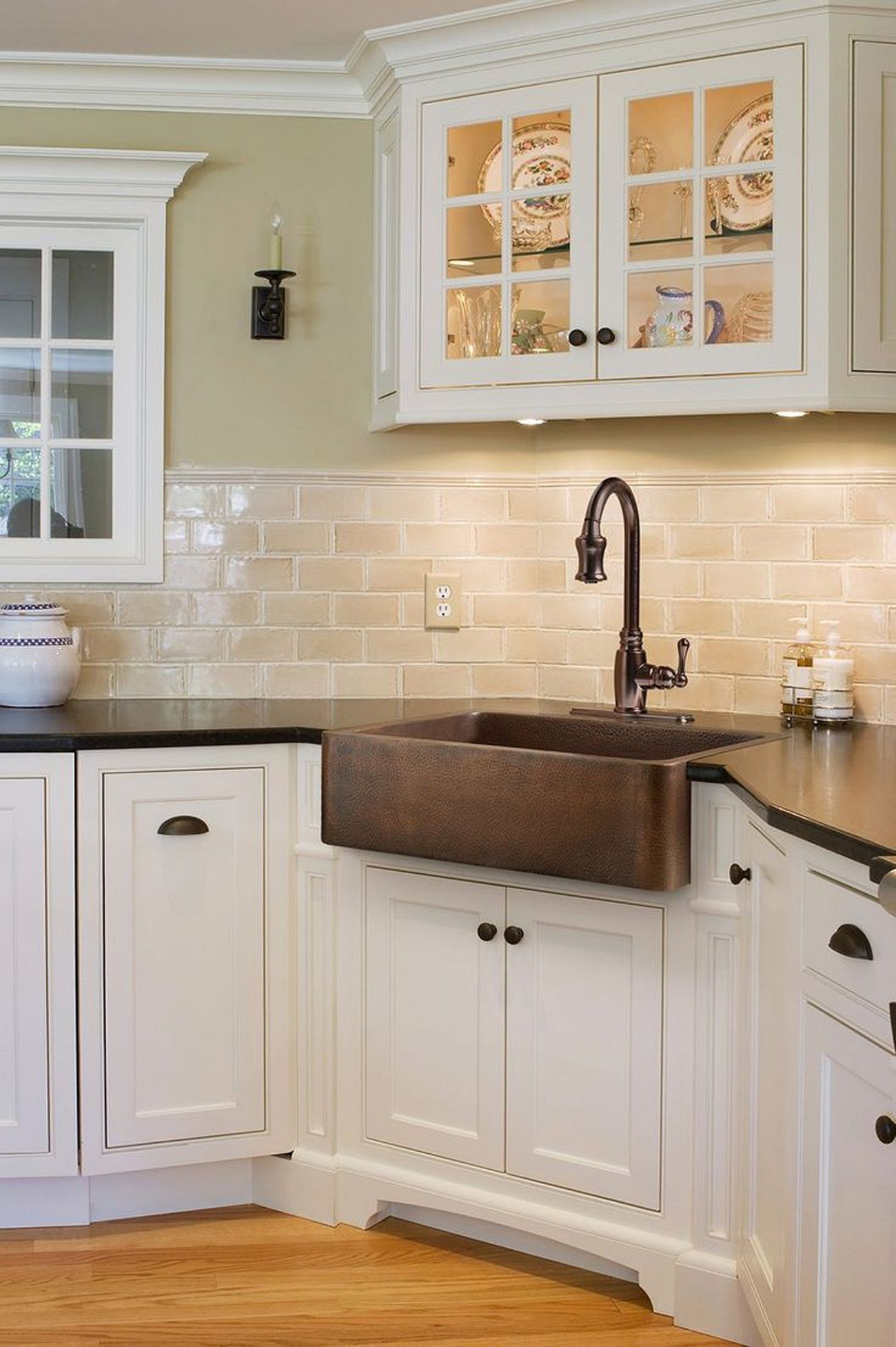 Kitchen Off White Subway Tile White Cabinets Minimalist Kitchen Design With Brown Countertop Farmhouse Sink Kitchen Kitchen Sink Decor Copper Farmhouse Sinks