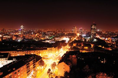 Pin By Karen Timm On Travel Zagreb Night Skyline Skyline
