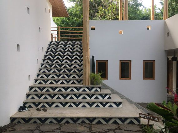 Best Black And White Diagonal Stair Risers At Resort In Costa 400 x 300