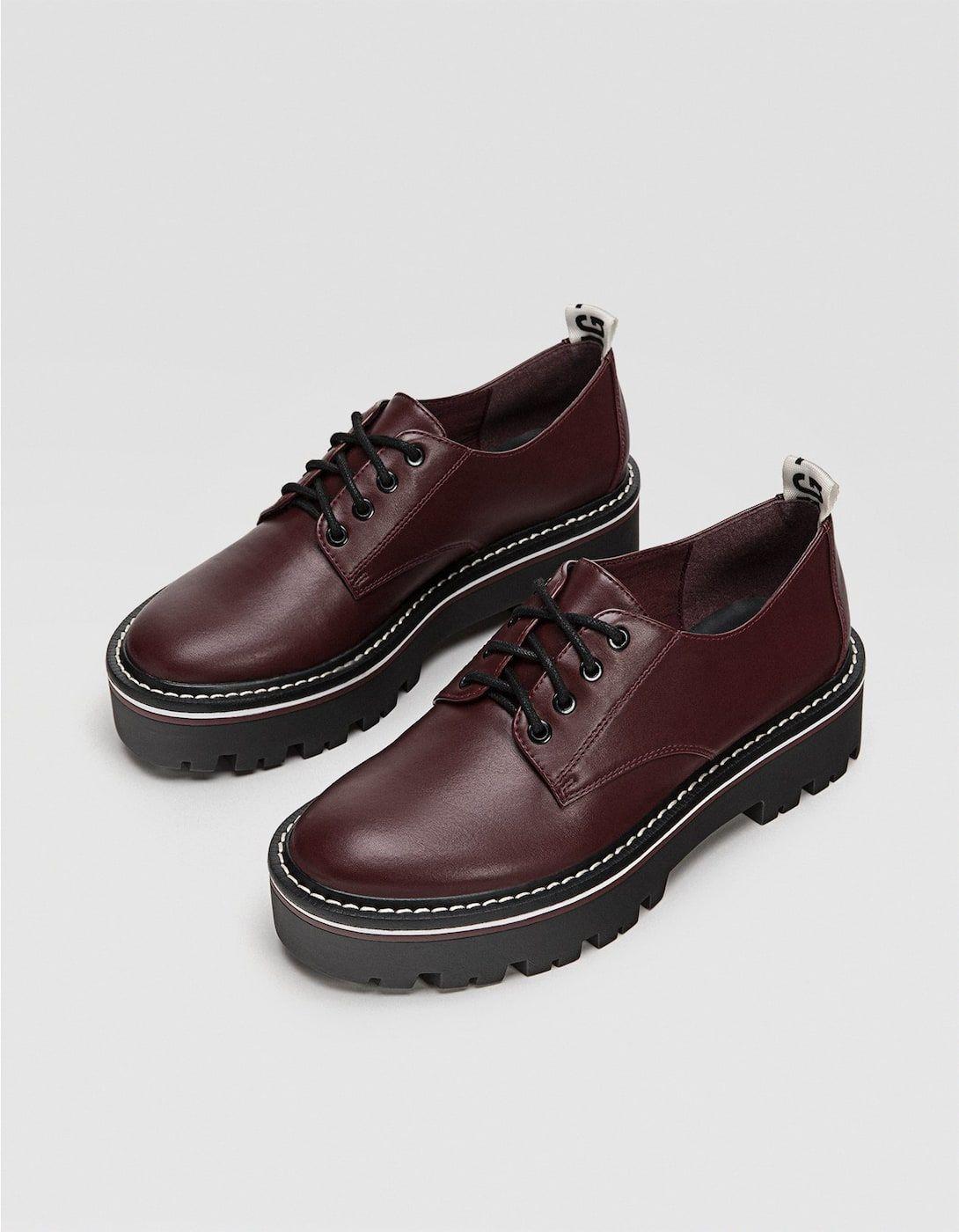 b659e83b Zapato blucher plataforma cordones granate - Todos de mujer | Stradivarius