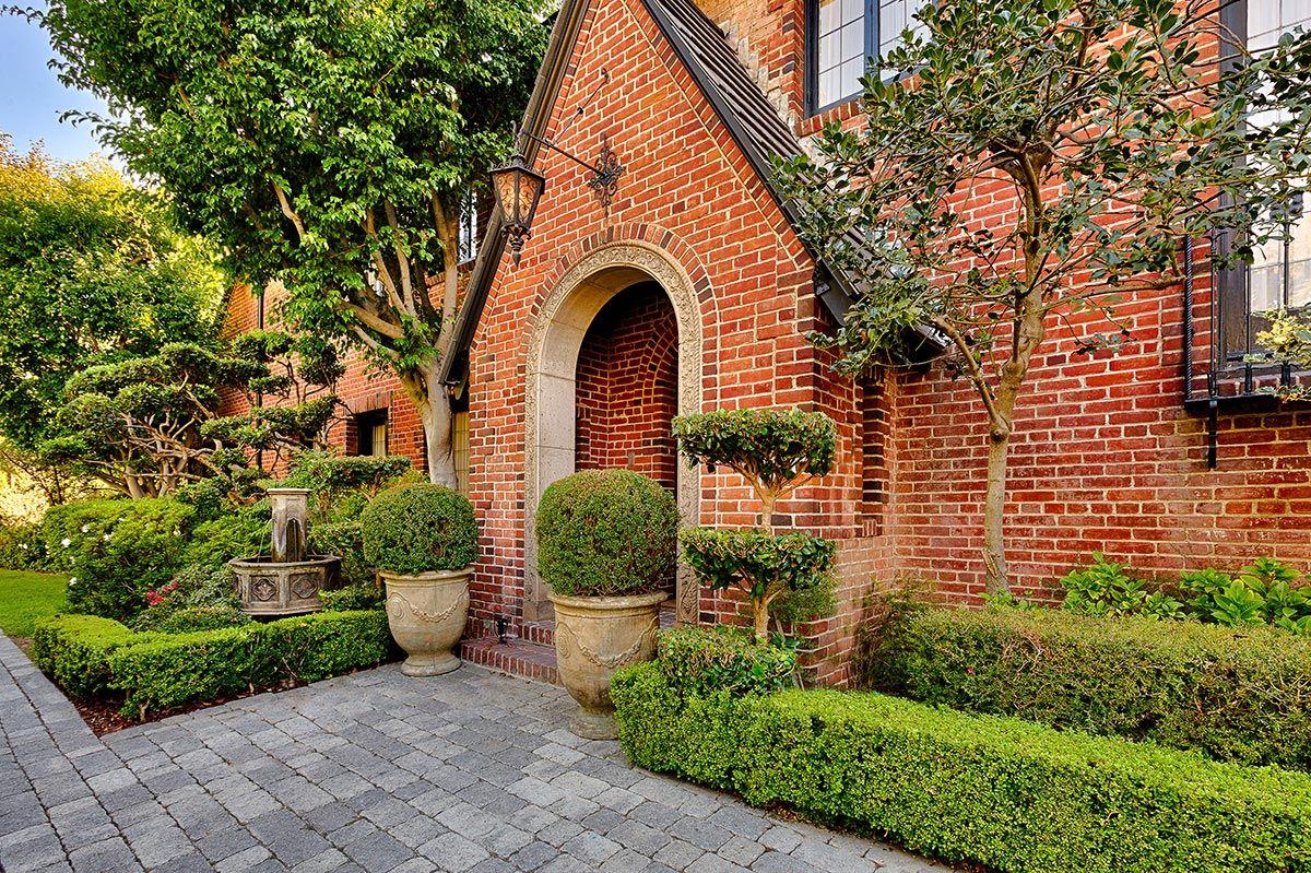 Location location location! Hancock Park English Estate, California - Los Angeles | Luxury Retreats