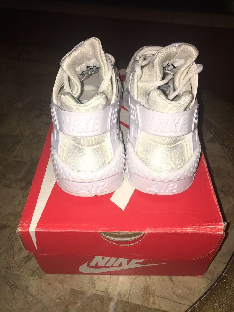 Sz 6 WMNS Nike Air Huarache Run White Shoes 634835 108 for