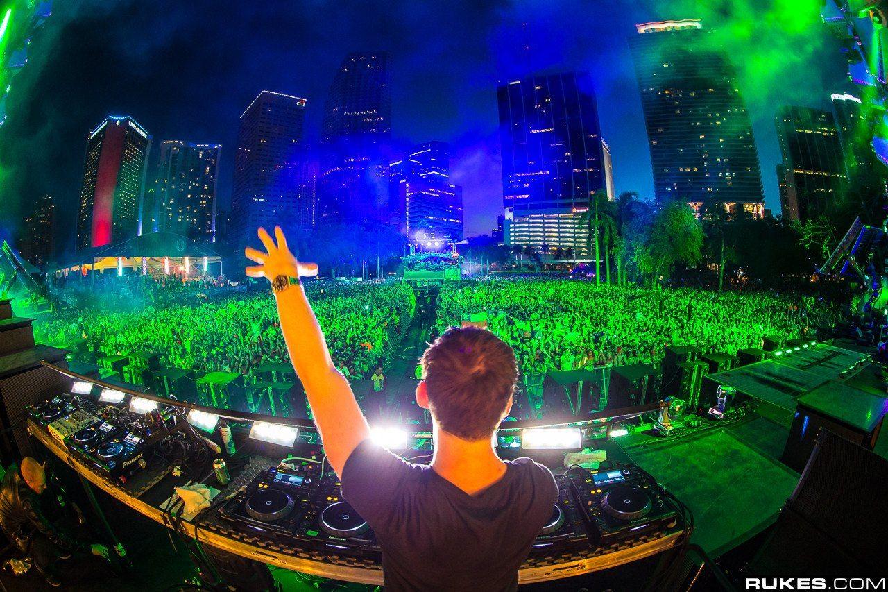 Hardwell Ultra Music Festival 2013 Amazing Set Ultra Music