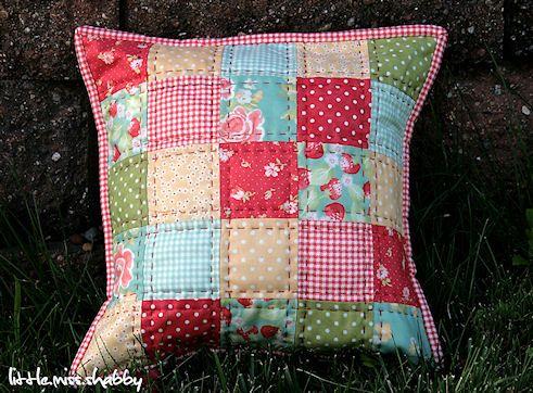 Tutorial for pretty cushion @ Little Miss Shabby