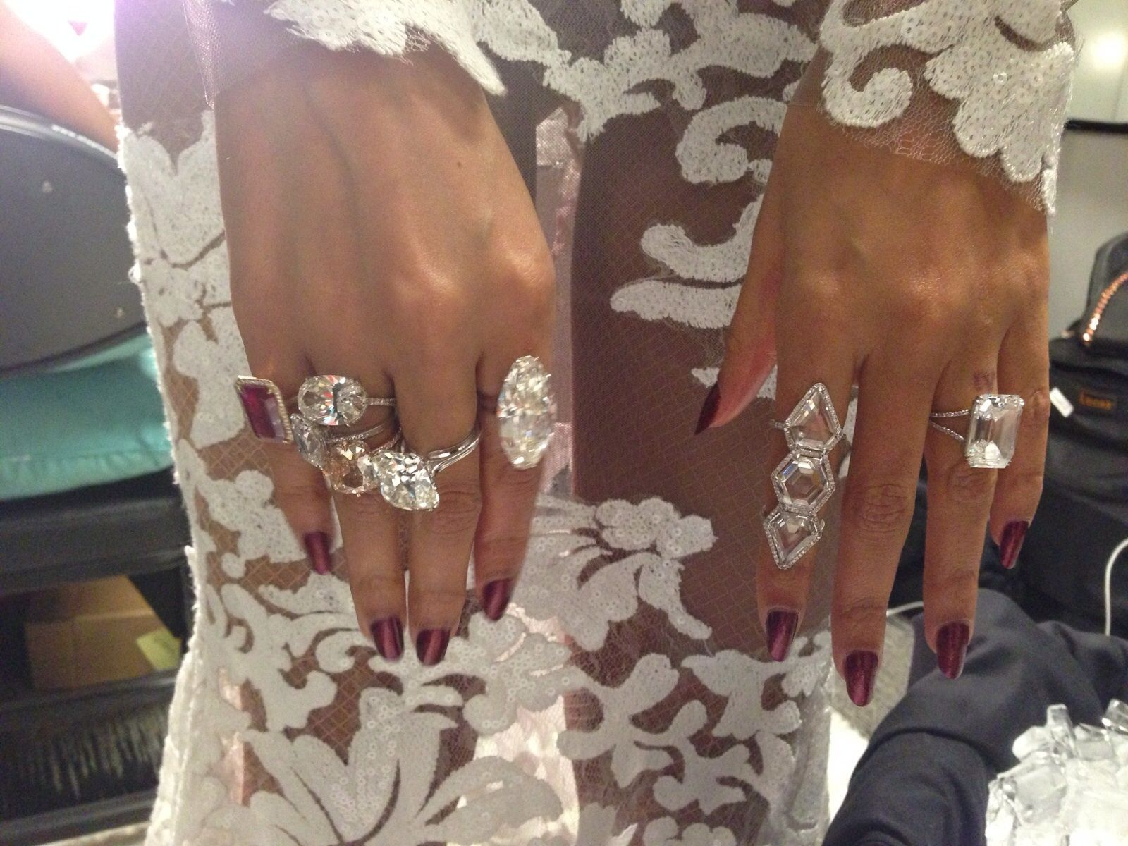 Check out the flawless manicure lisa logan gave beyoncé for this