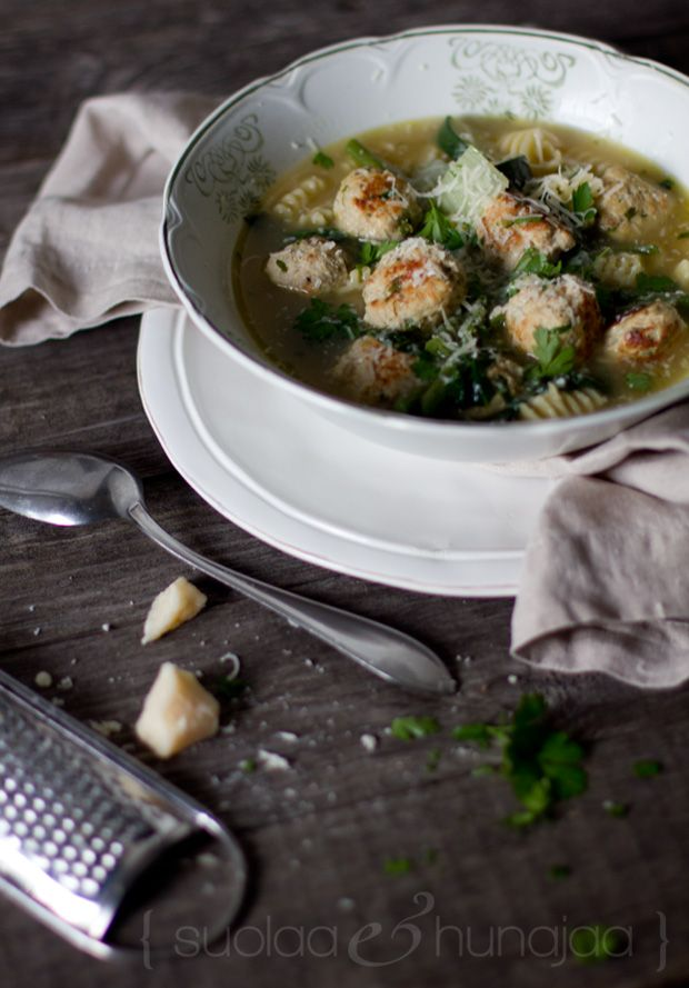 Minestrone with chicken parmesan meatballs and green veggies