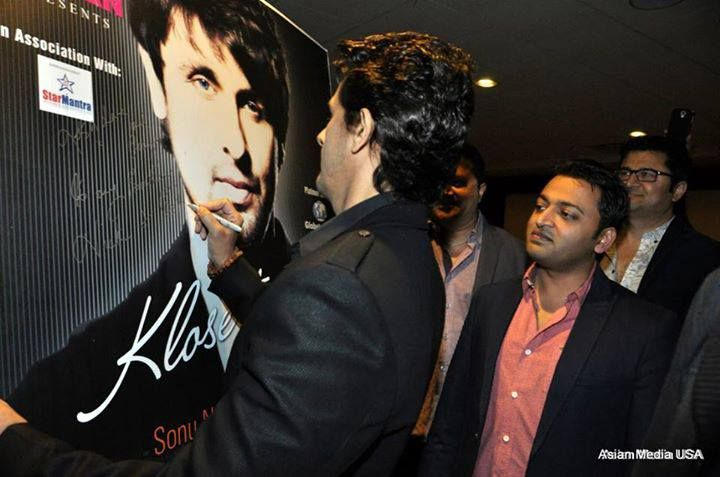 Bhavesh patel ceo of sahil with singing superstar sonu nigam at the bhavesh patel ceo of sahil with singing superstar sonu nigam at the meet greet occasion of klose to my soul concert chicago 2014 m4hsunfo