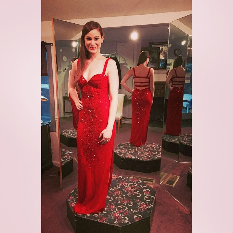 gorgeous prom gowns you ought to checkout before your prom night