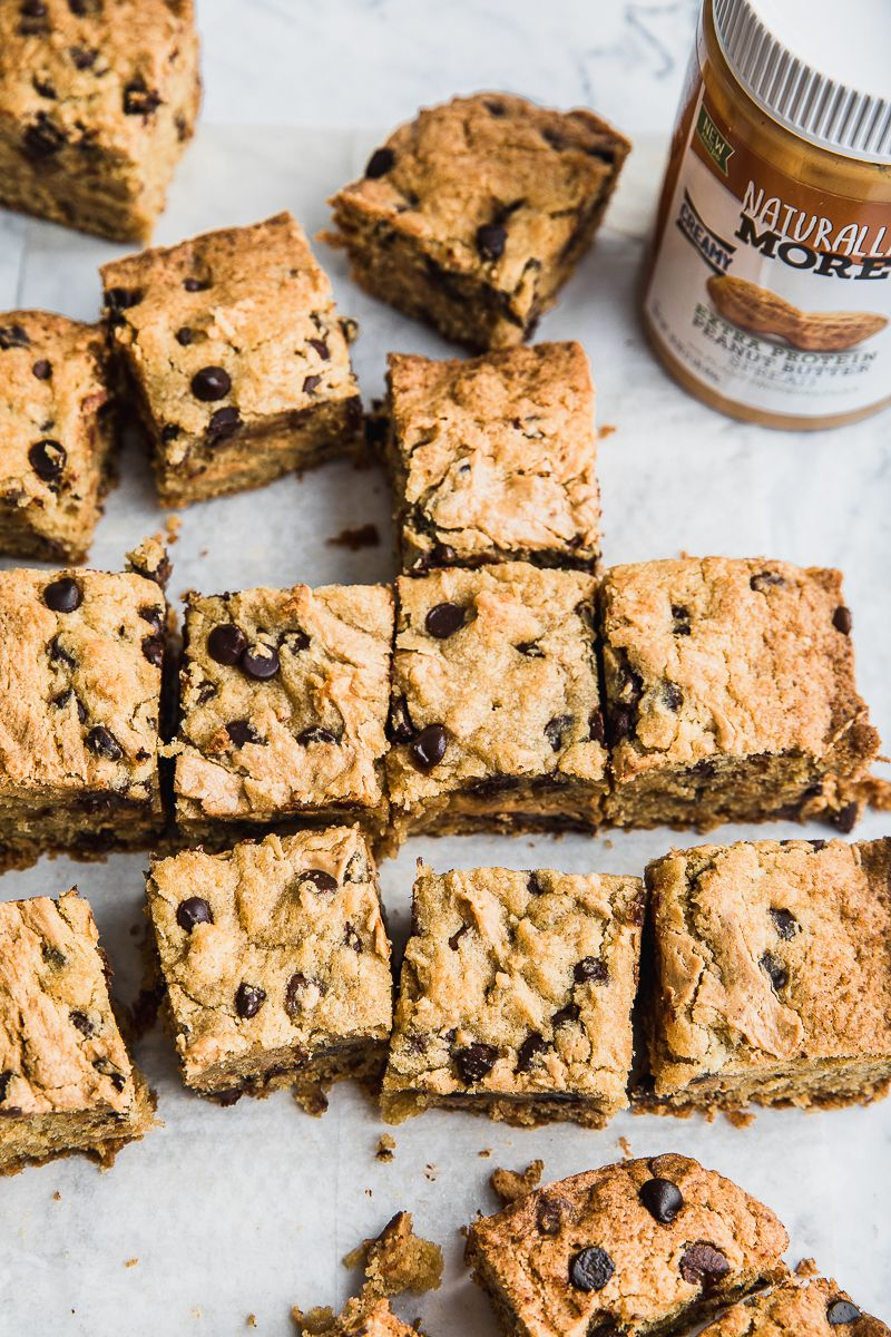HEALTHY CHOCOLATE CHIP PEANUT BUTTER STUFFED COOKIE BARS