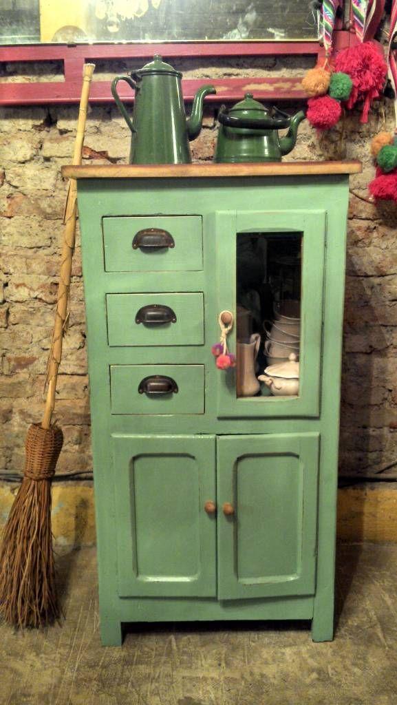 Aparador de campo antiguo cocinas de estilo por muebles - Muebles estilo antiguo ...