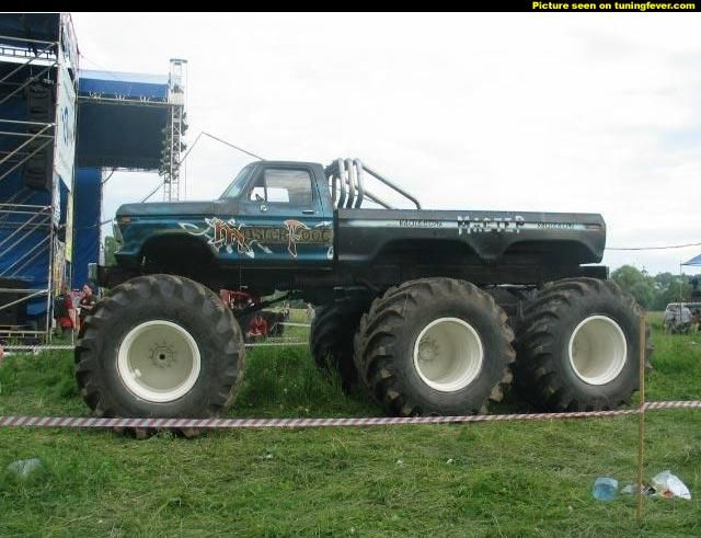Aaand A 6 Wheel Moster Truck Mud Trucks Monster Trucks Trucks