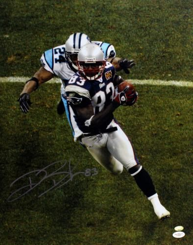 Deion Branch Autographed 16x20 Photo - JSA #SportsMemorabilia #NewEnglandPatriots