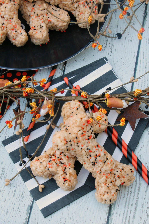 halloween bones rice krispie treats recipe a idea 2323668b pinterest rice krispie treats krispie treats and halloween class treats