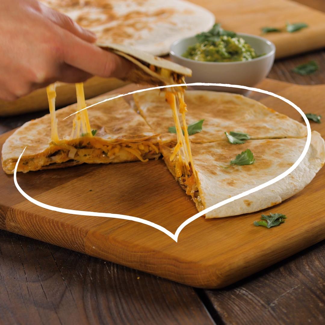 Süßkartoffel-Quesadilla mit Guacamole #sausagepotatoes