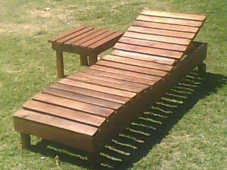 Reposeras de madera y camastros for Camastros para jardin