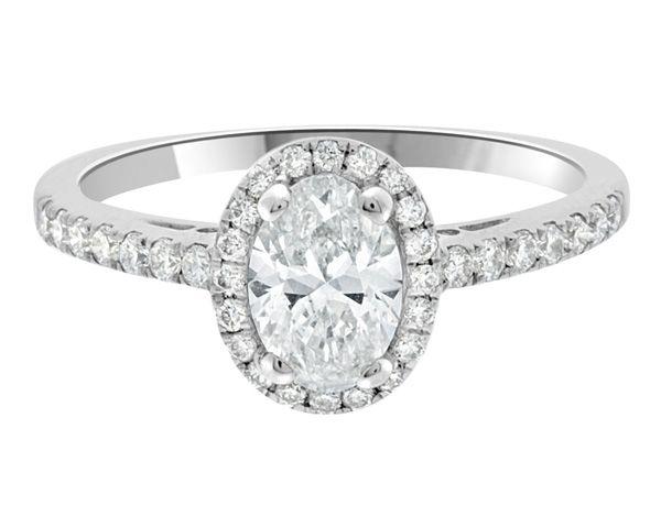 oval-halo-diamond-ring-VR1004.jpg