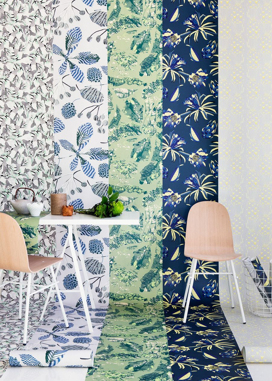 Get Inspired By Our Green Wallpaper Selection Wallpaper Tapet Walldecor Floral Flowers Home Homedeco Decor Interior Design Articles Wallpaper Display Get inspired for green wallpaper for