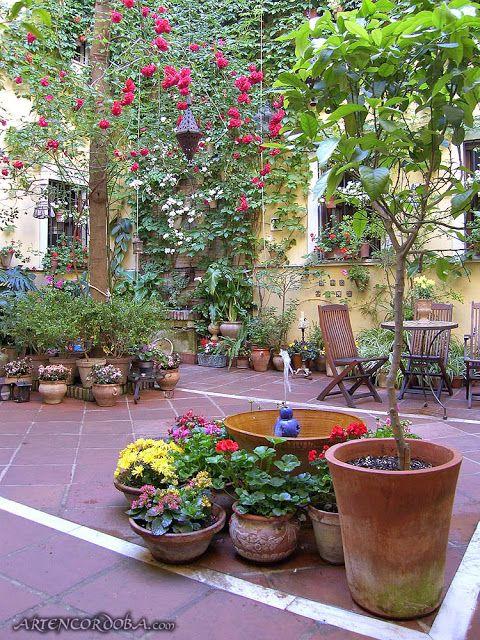 El Blog De La Tabla Patios De Cordoba Un Quejio En El Alma Patios De Cordoba Jardines Patio Y Jardin