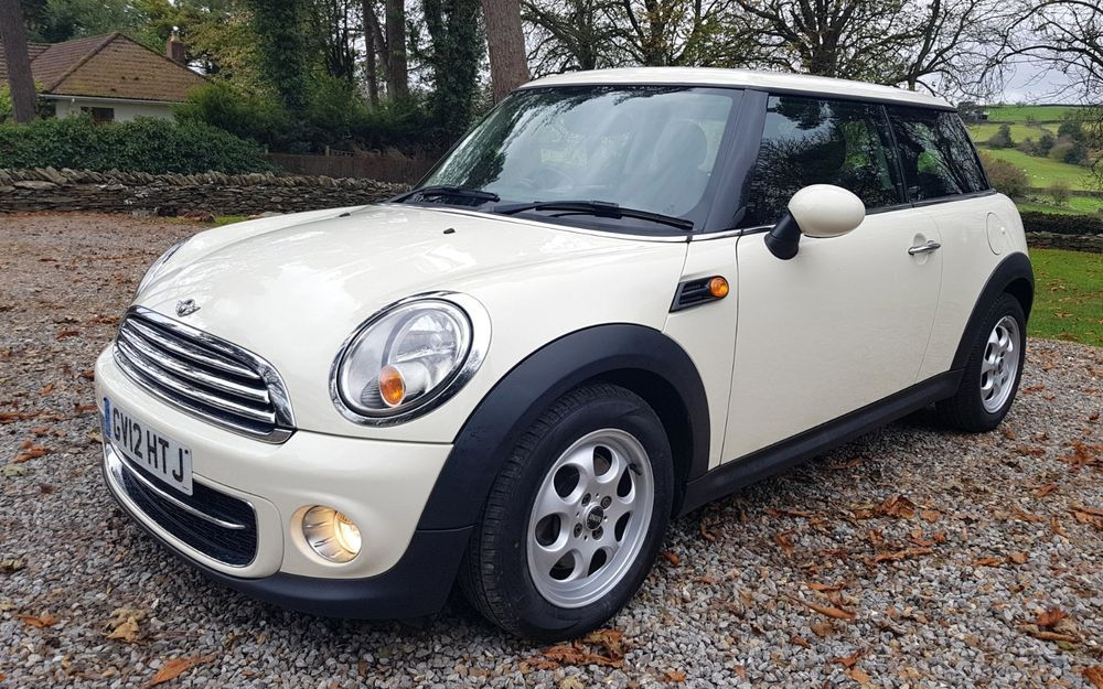 Ebay 2012 Mini Cooper Diesel 16d Pepper White 3dr 6 Speed Band A