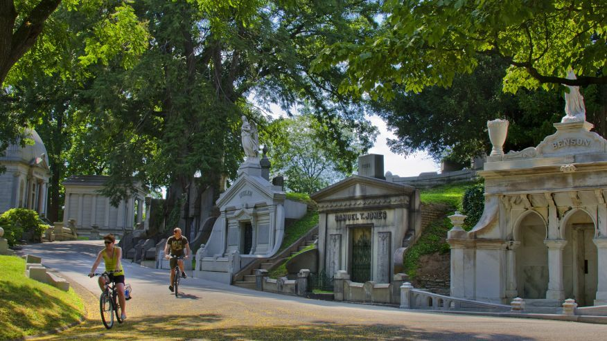 Spookiest cemeteries in the US @foxnews @gototravelgal, Laurel Hill Cemetery, Philadelphia, PA, #titanic #CivilWar #history #DeclarationofIndependence