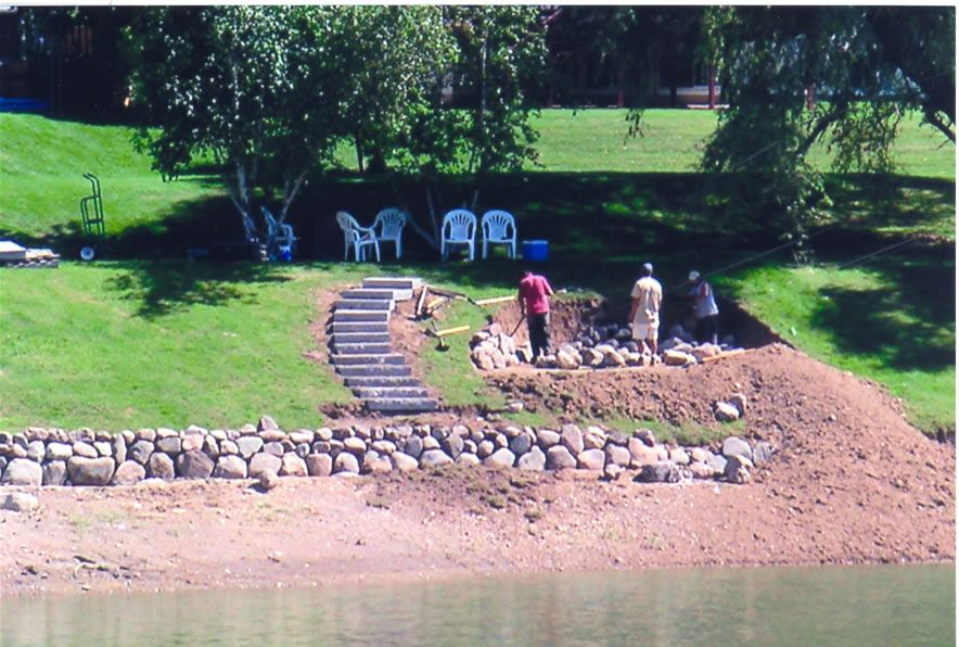 Lake House Landscaping Design Ideas | Waterfront ... on Lakefront Patio Ideas id=94251