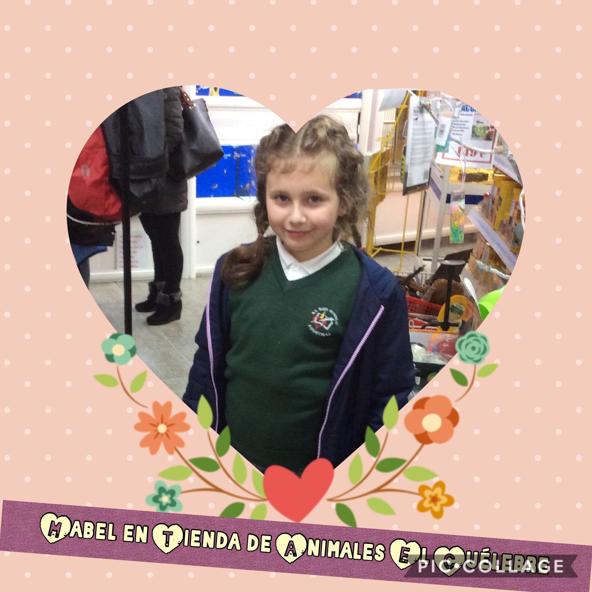 Mabel en Tienda de Animales El Cuélebre