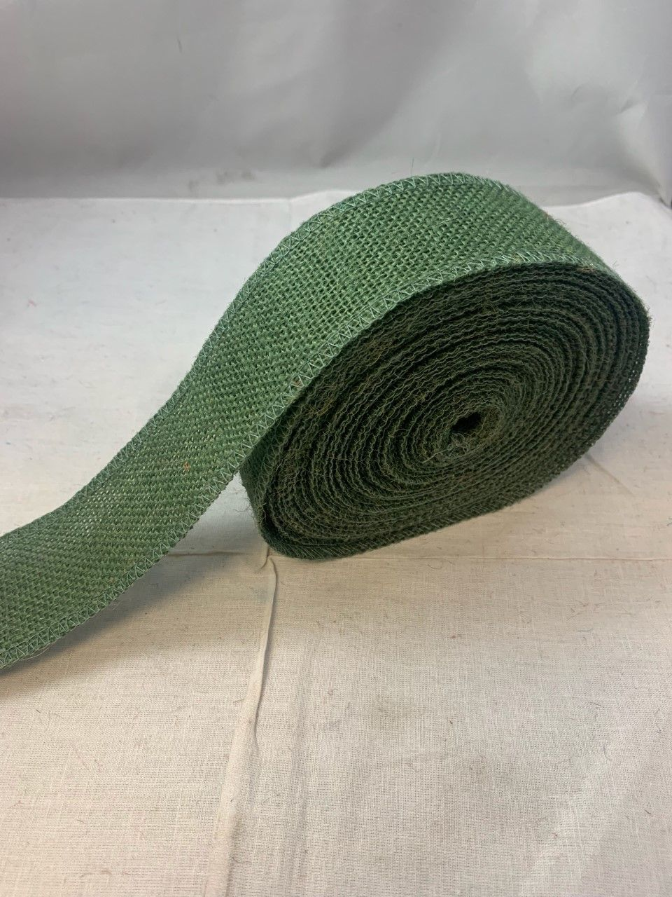 2 Hunter Green Burlap Ribbon 10 Yards Serged Made In Usa In 2020 Burlap Ribbon Burlap Hunter Green