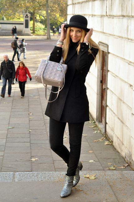 cd7e0821c36 Black casual look. hat. Lady Dior bag. | ╬Street Fashion╬ in 2019 ...