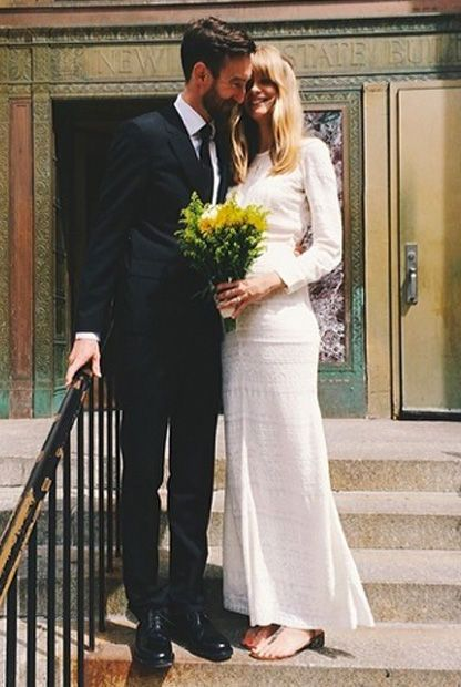 Hochzeit Die Schonsten Brautkleider Der Stars Spitzenkleid Julia Stegner Hochzeitskleid