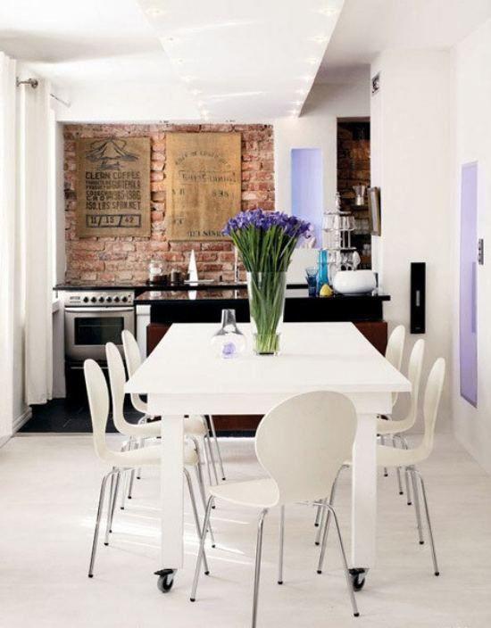 Kitchen/Dining room.