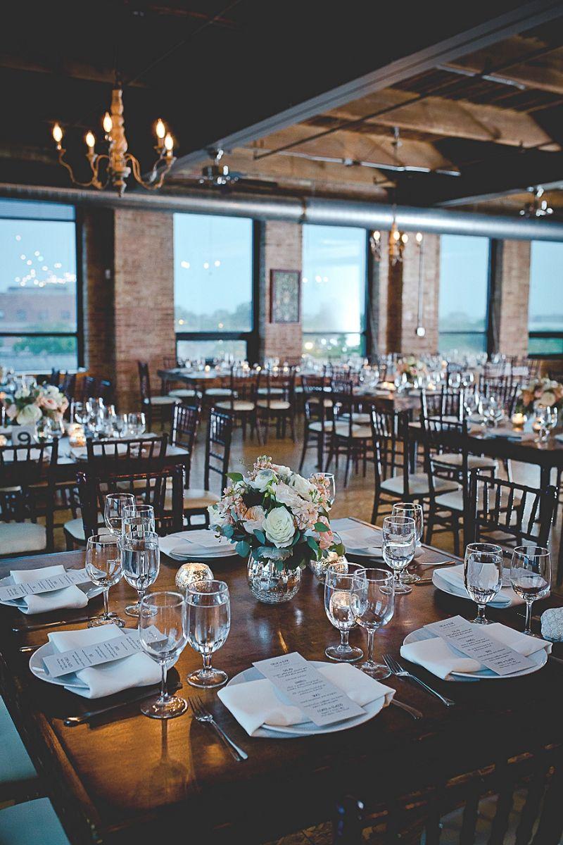 Romantic City View Loft Wedding in Chicago Jazi Photo
